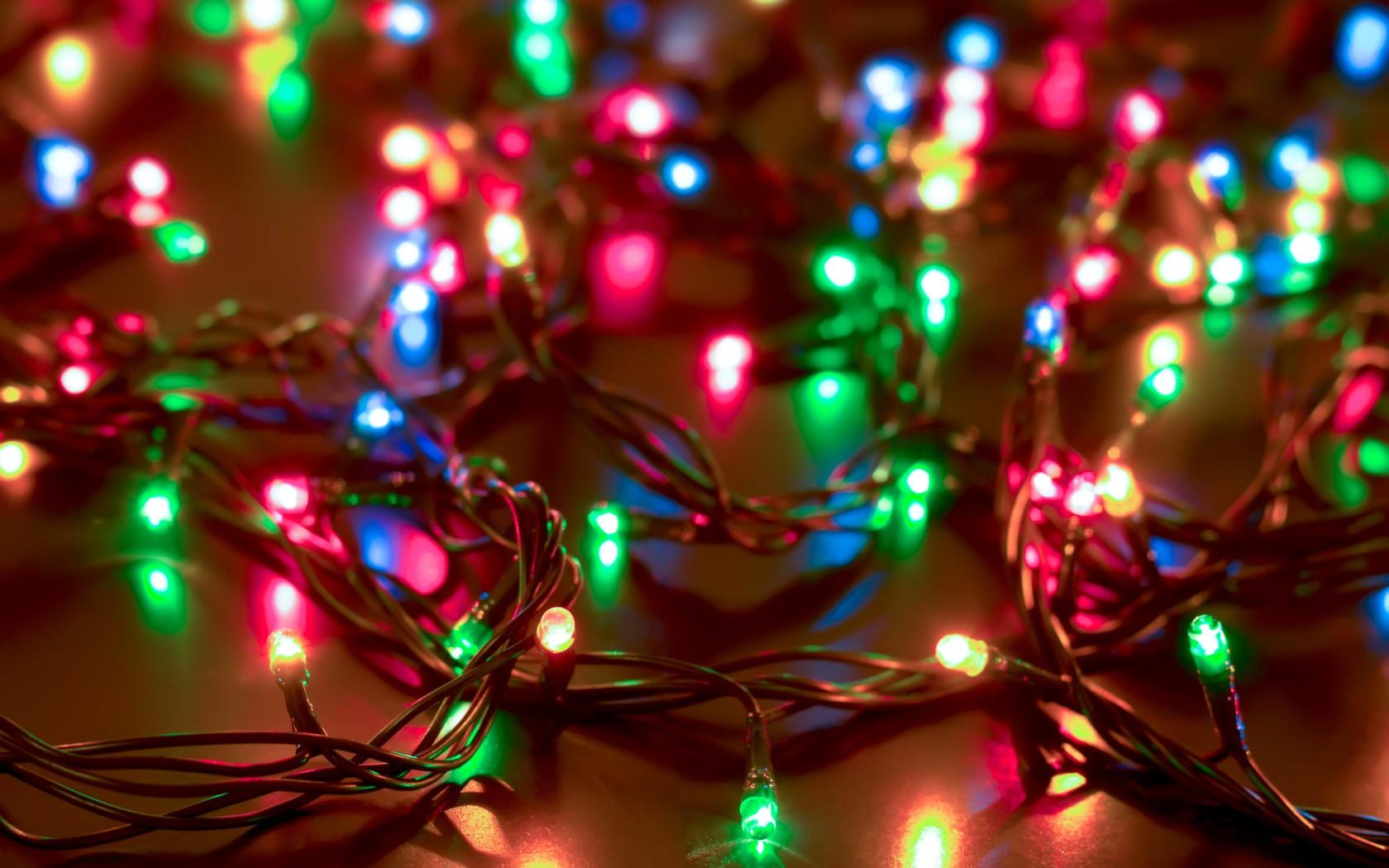 Світлодіодні гірлянди від Ledmafia — популярний вибір для святкового освітлення