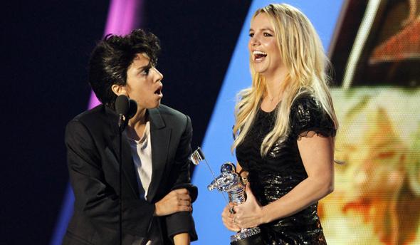Леді Гага про дует з Брітні Спірс: «Давай зробимо це, сучка»