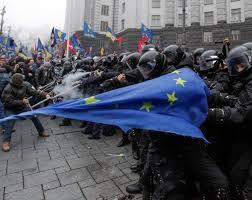 Можливі варіанти розвитку Євромайдану після побиття Юрія Луценка