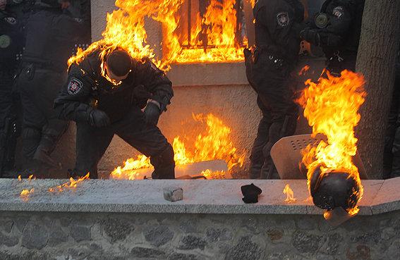 Київські міліціонери затримали 50 активних учасників масових заворушень