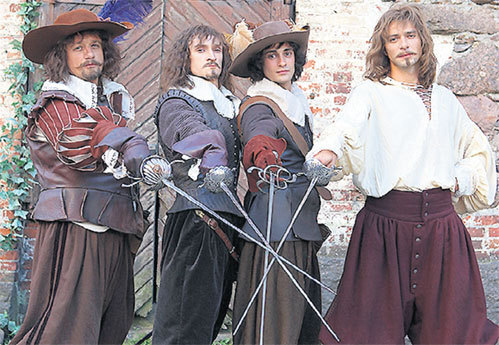 Прем'єрний показ нового серіалу «Три мушкетери» 2013 на першому каналі центрального ТБ