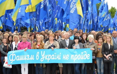 Луганськ, Харків і Одеса вимагають референдуму