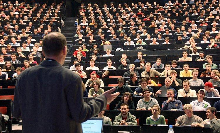 У скільки українцям обійдеться навчання у вузах