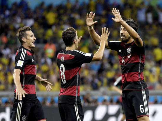 ЧС-2014: Бразилія — Німеччина: «німецький болід» промчав крізь бразильські джунглі