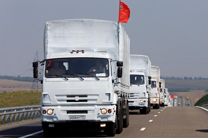 Гуманітарний конвой з Росії наблизився до українського кордону