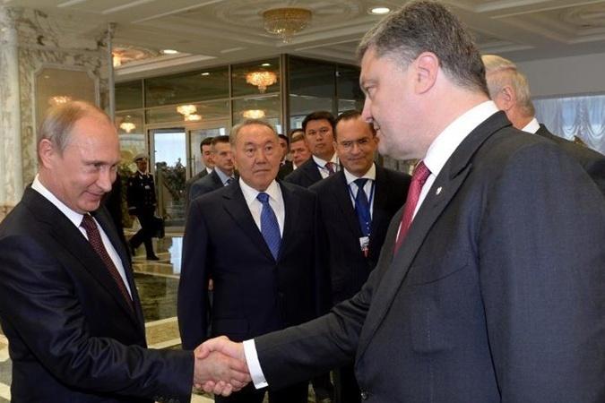 Порошенко скликає екстрене засідання РНБО у зв'язку з вторгненням в Україну російських військ