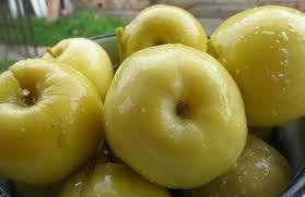 Рак боїться яблук! Особливо дрібних і кислих