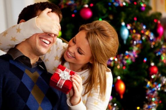 Що подарувати чоловікові на Новий рік 2015