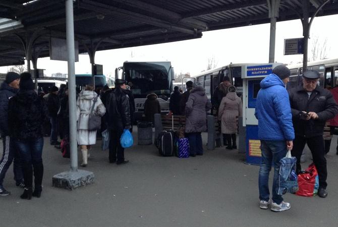 Блокадний Донецьк: люди на межі виживання