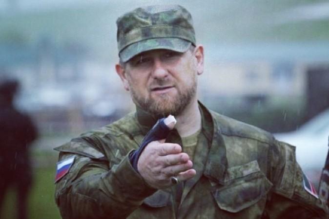 Кадиров підтвердив готовність прислуговувати Путіну