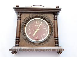 Інтер'єрні годинники у подарунок