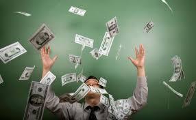 Психологія кризи: витрачати долари рука не піднімається
