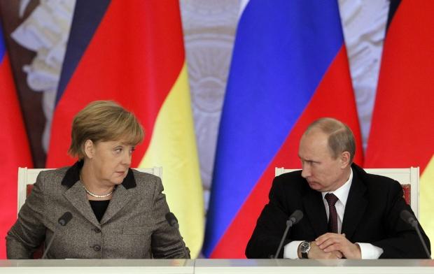 Путін проводить зустріч з Меркель і Олландом