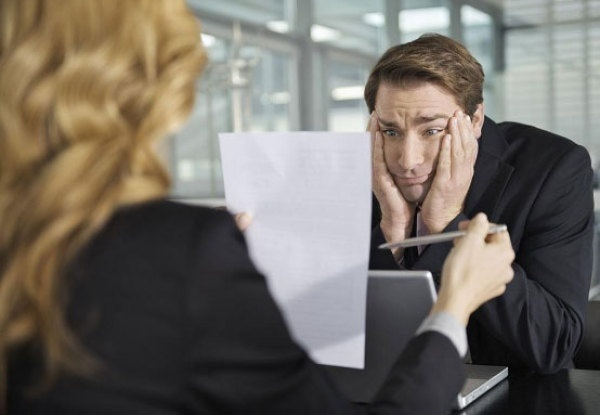 Для здобувачів роботи за кордоном варто бути обережним