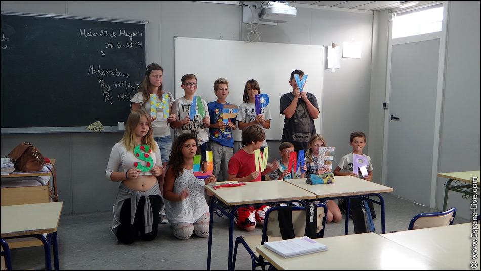 В Испании успешным школьникам платят стипендию