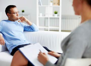 До якого лікаря звернутись при психологічних проблемах