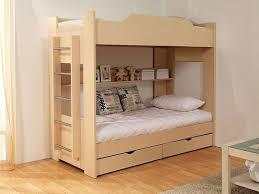 Вибираємо двоярусні дитячі ліжка