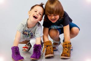 Як вибрати взуття для дітей
