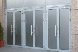 Особенности выбора алюминиевых дверей
