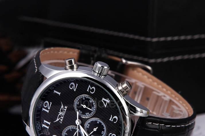 Вибір наручного годинника в інтернет-магазині