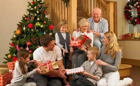 Що подарувати батькам на Новий 2017 рік