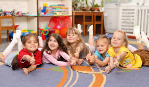 Чи варто дитині йти в дитячий садок