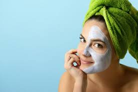 Особливості догляду за шкірою обличчя в літній період