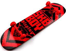 Лучший подарок подростку – доска для скейтбординга