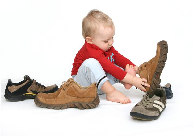 Правила выбора обуви для мальчика