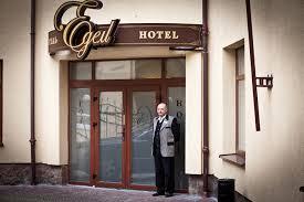 Що треба знати про бронювання готелів у Львові?