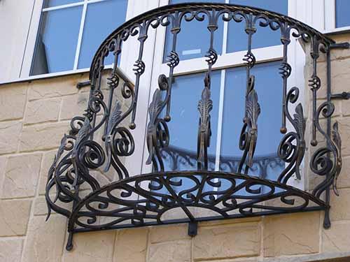 В чем прелесть французских балконов