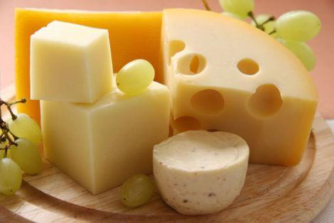 Особливості виробництва сиру. Як відрізнити якісний сир