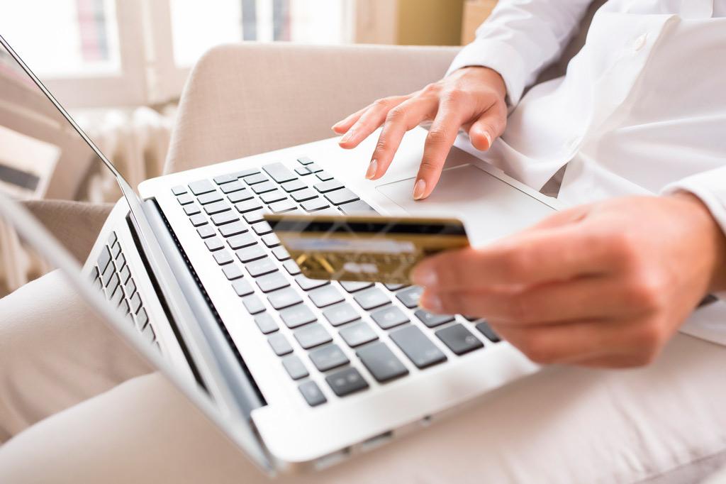 Кредити онлайн — фінансова допомога, доступна кожному