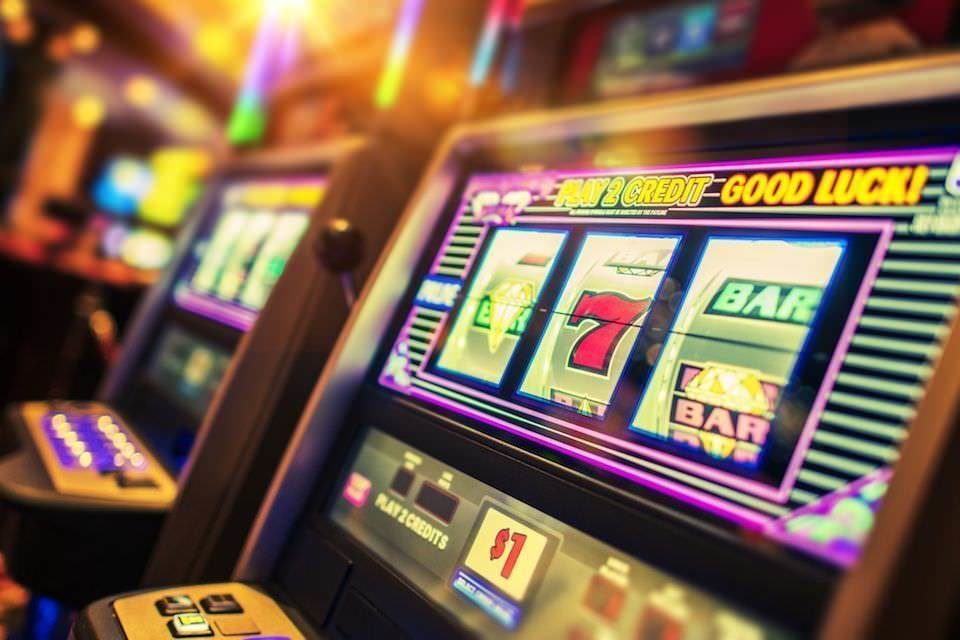 выиграть реальные деньги в игровых автоматах