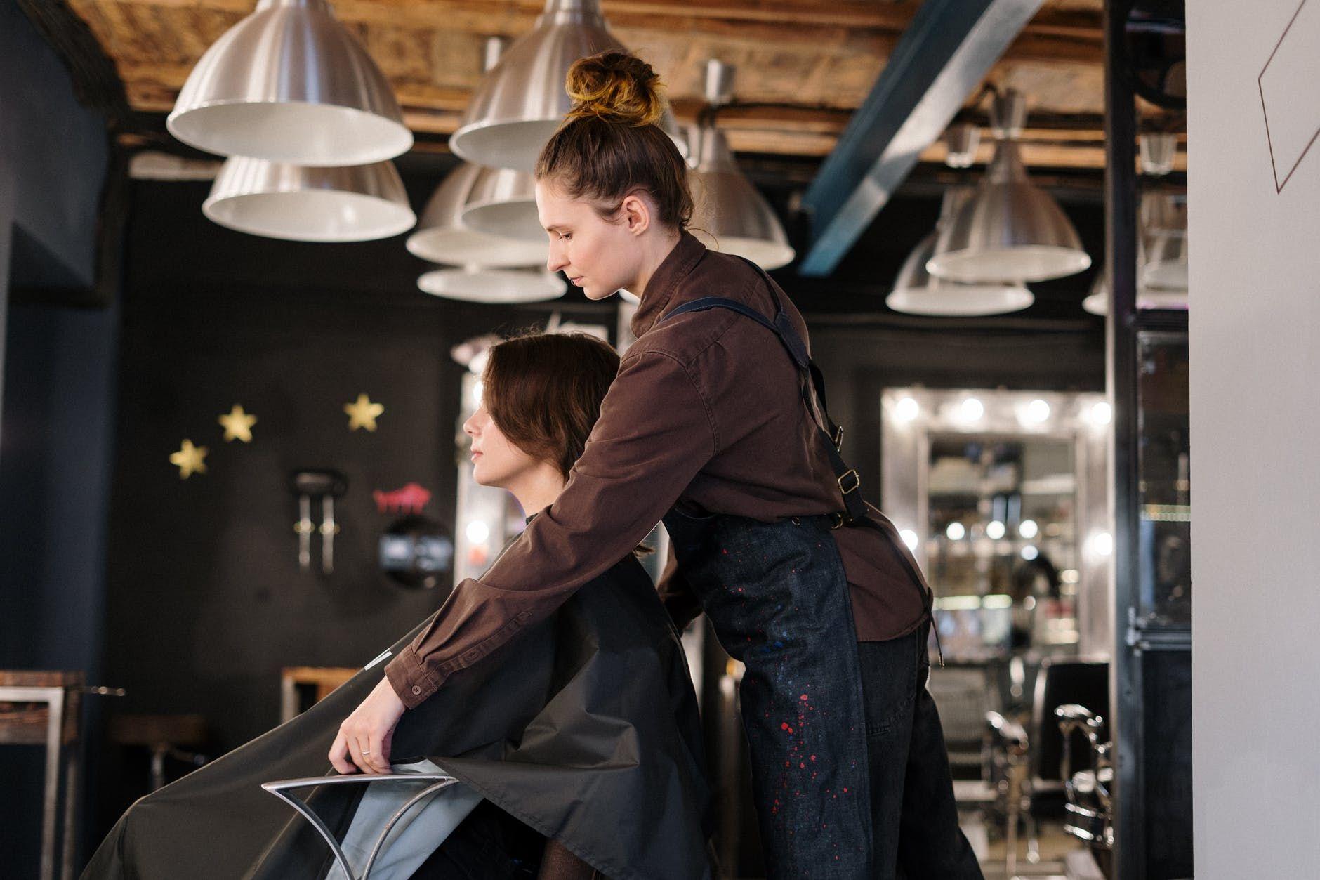 Профессиональная косметика для волос — лучший выбор в уходе за волосами